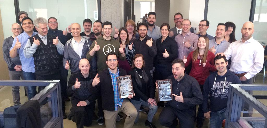 Équipe Progi avec les deux reconnaissances Radisson : Innovation et Hommage investissement